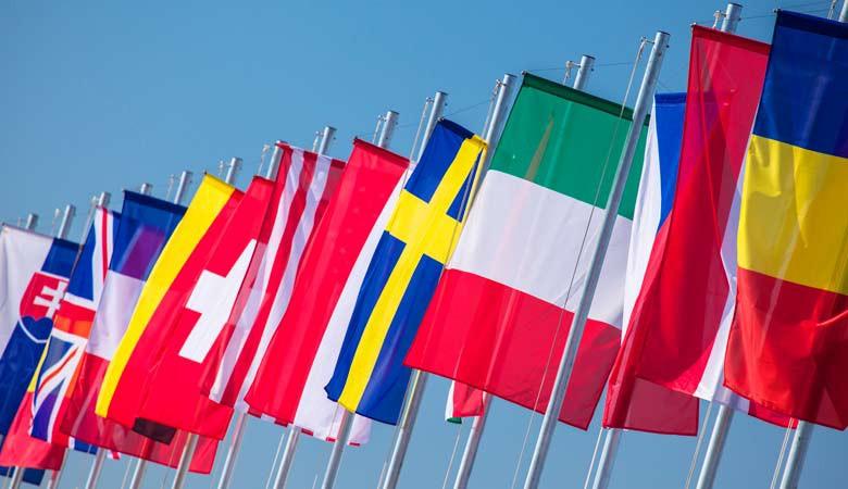 Fahnen und Flaggen Weltweit